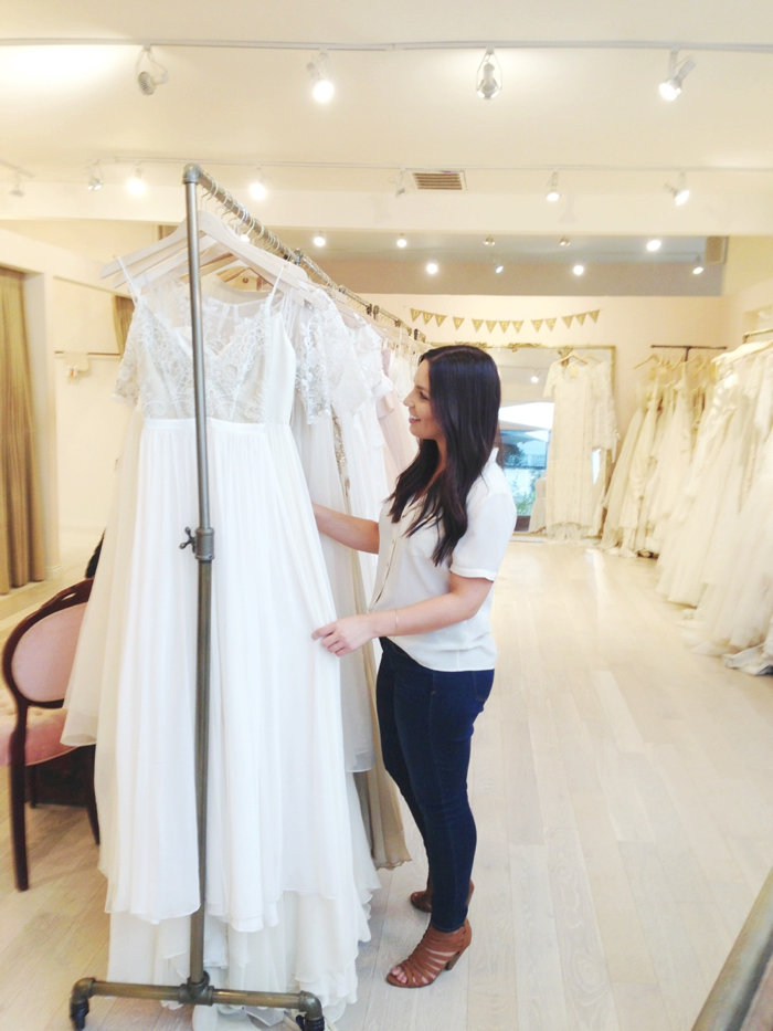 Bravwel/wedding dress shopping4